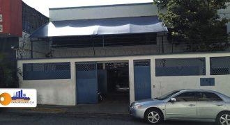 CASA COMERCIAL EN GUAICAIPURO PARA VENTA